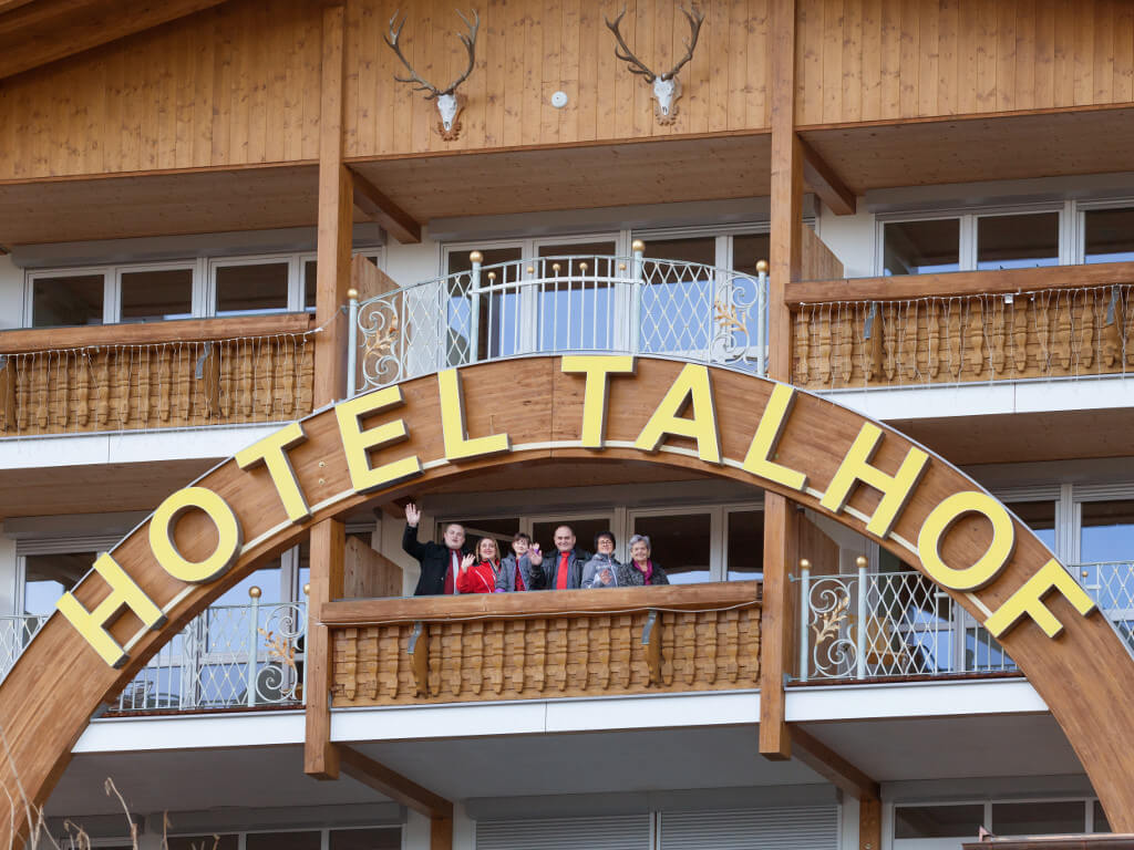 Panorama Hotel Talhof in Wängle bei Reutte - Eingang