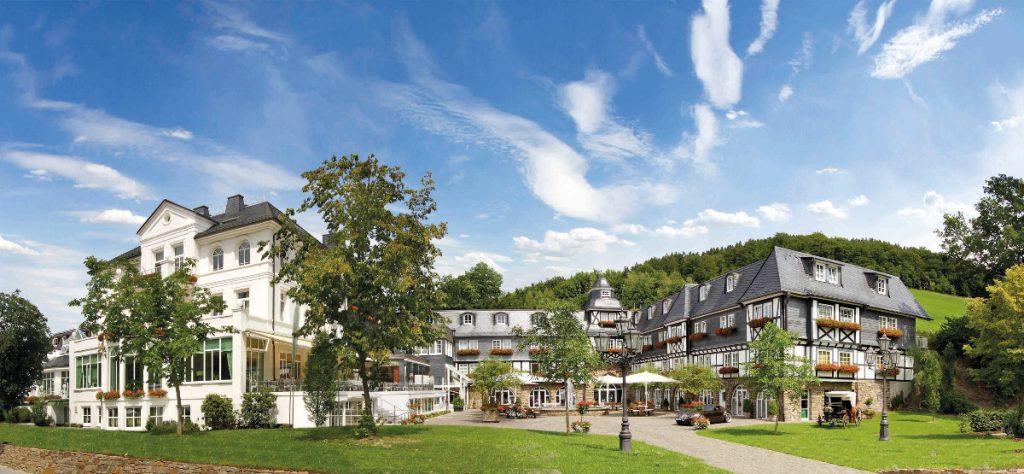 Deimann Wellness- & Romantik Hotel Schmallenberg - Aussenansicht