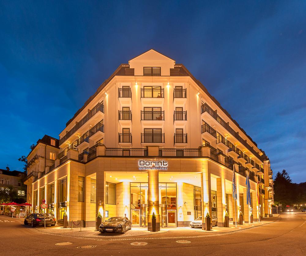 Dorint Maison Messmer Hotel Baden Baden - Aussenansicht bei Nacht